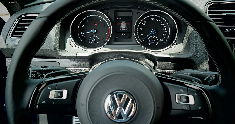 Volkswagen Scirocco R và GTS 2017 chuẩn bị ra mắt tại Việt Nam - Hình 7