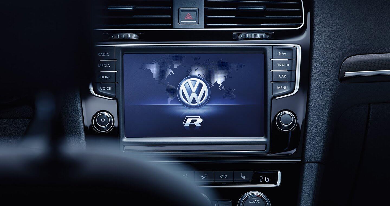 Volkswagen Scirocco R và GTS 2017 chuẩn bị ra mắt tại Việt Nam - Hình 9