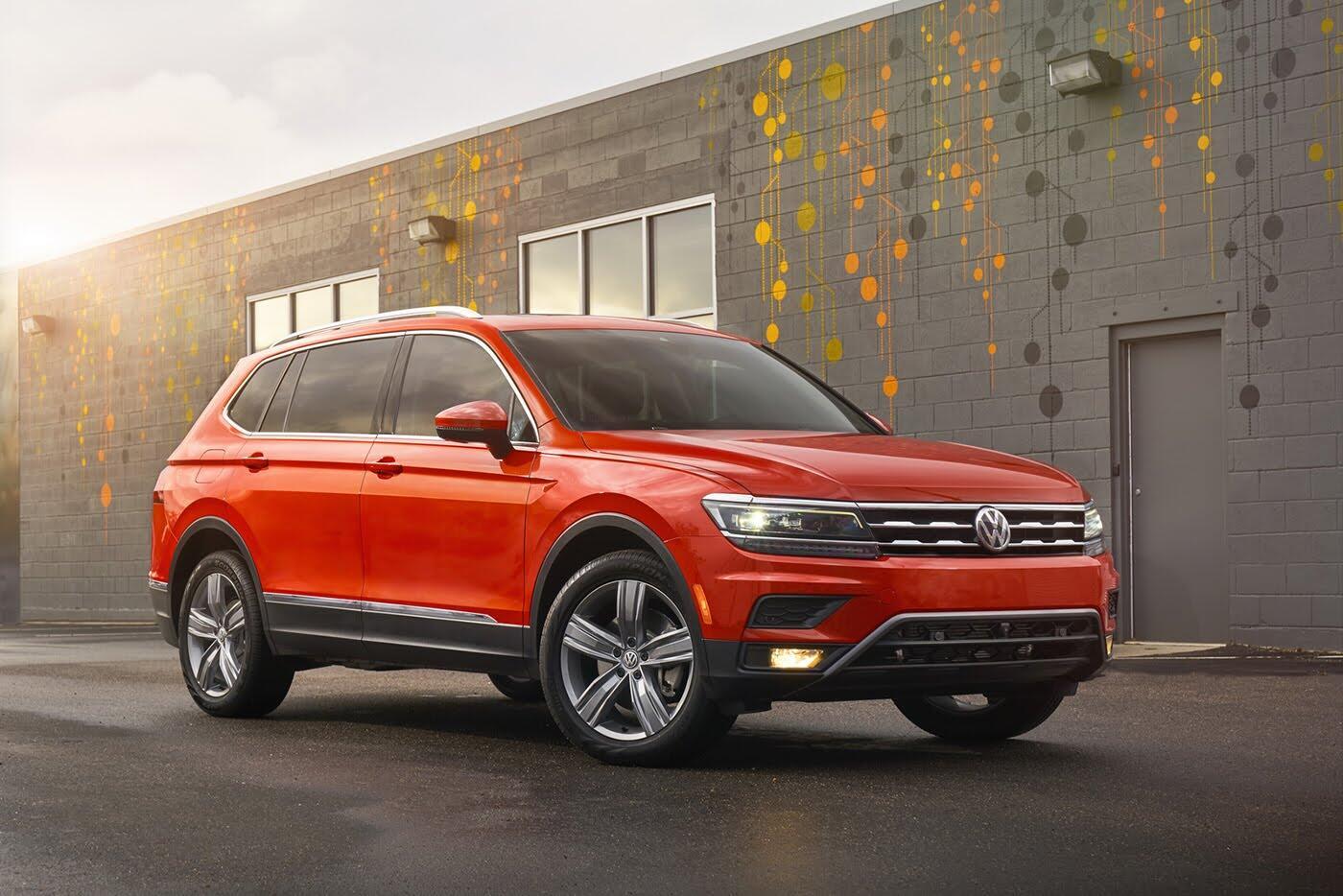 Volkswagen Tiguan 2018 có giá từ 25.345 USD - Hình 1