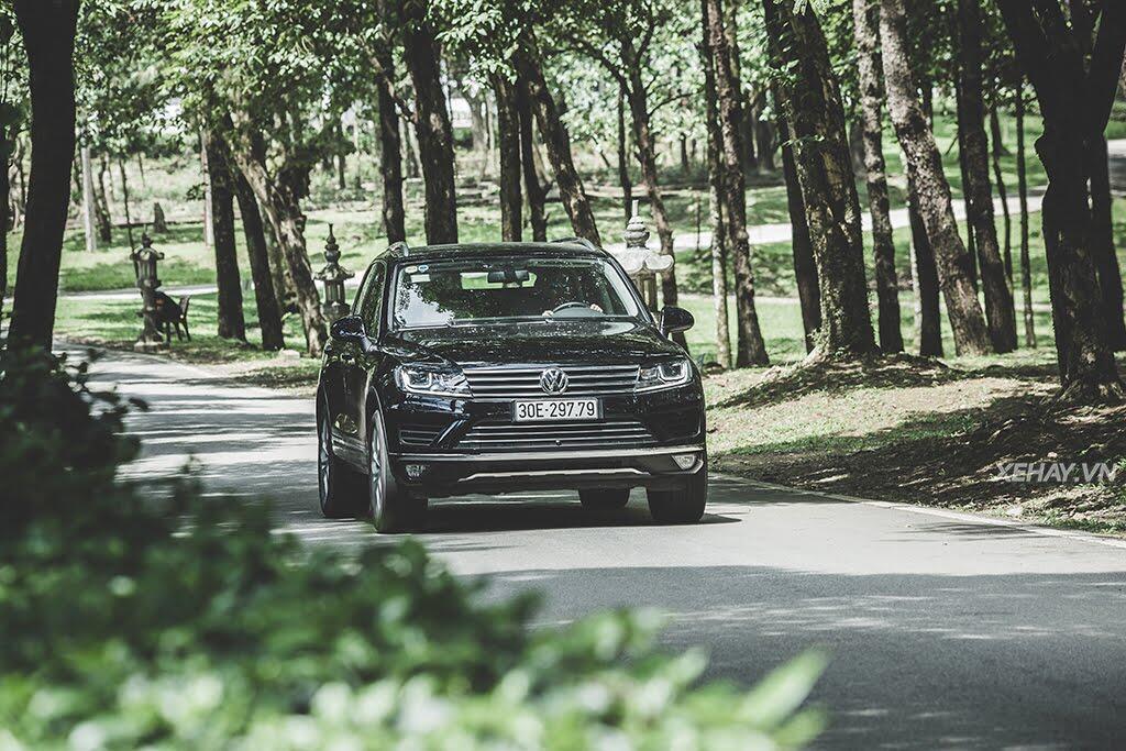 Volkswagen Touareg - Đậm chất Đức - Hình 23