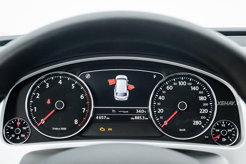 Volkswagen Touareg - Đậm chất Đức - Hình 30