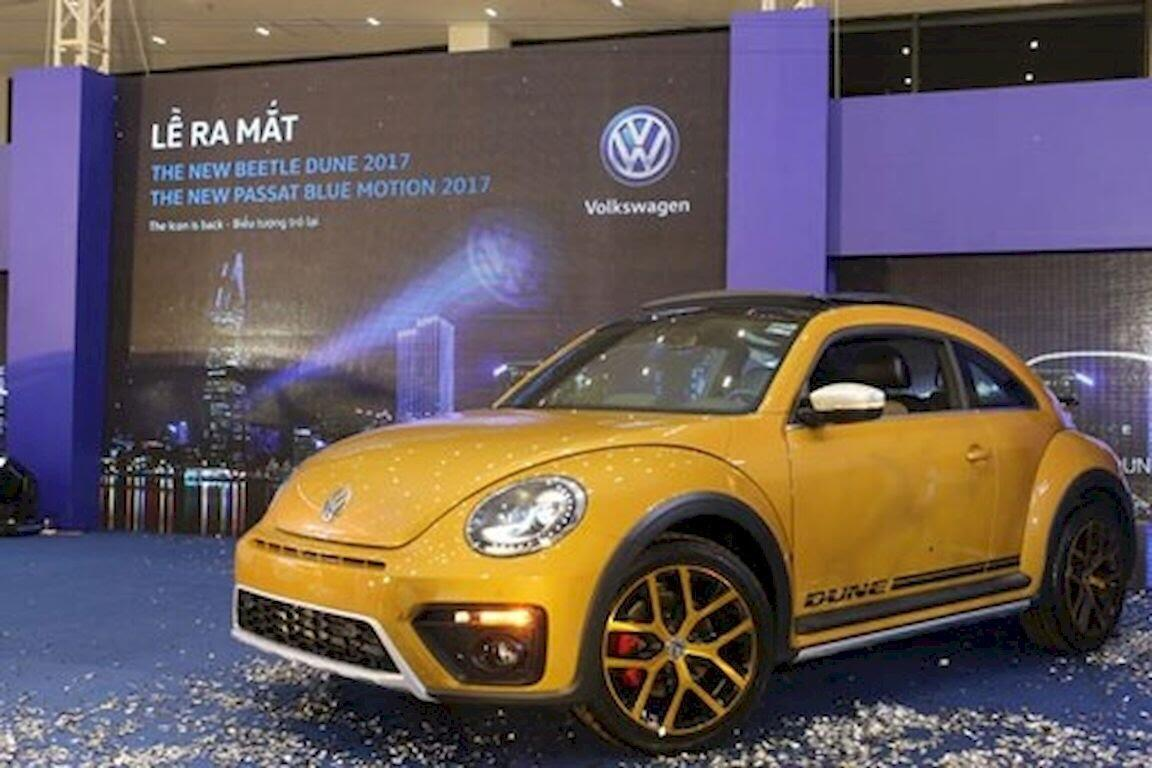 Volkswagen Việt Nam ra mắt Beetle Dune 2017 và Passat Bluemotion 2017 - Hình 2