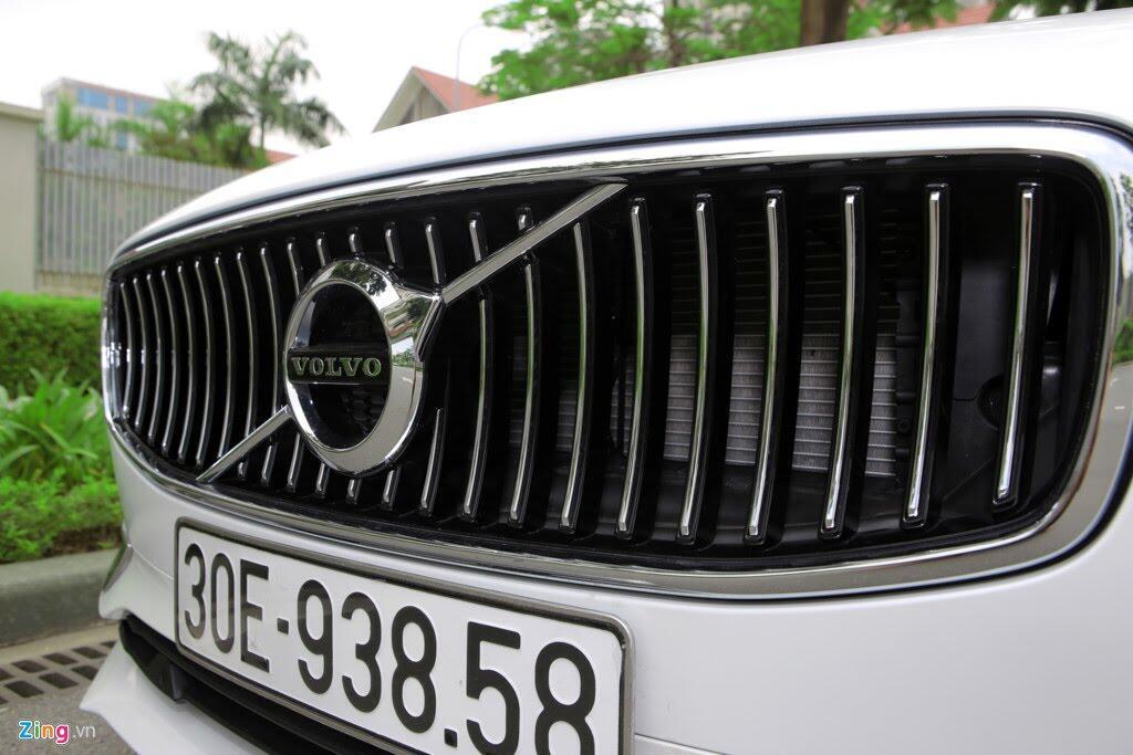 Volvo S90 Inscription - sedan cỡ trung hạng sang mới ở Việt Nam - Hình 4