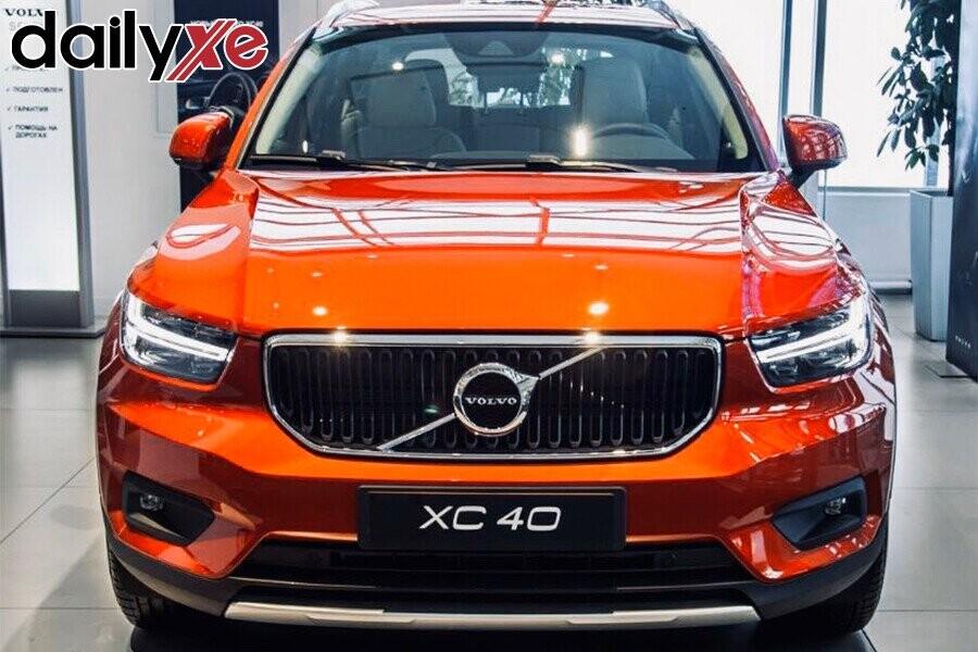 Volvo XC40 - Hình 2
