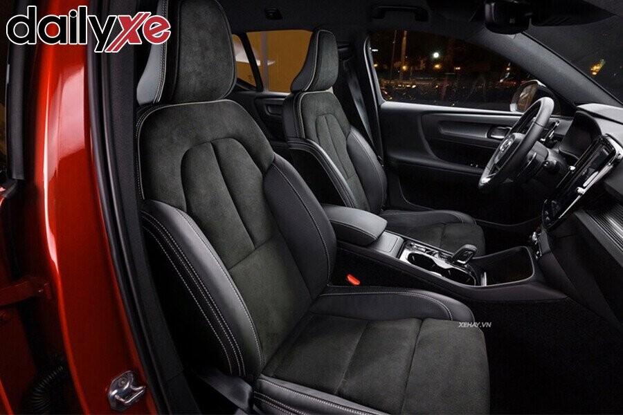Volvo XC40 - Hình 8
