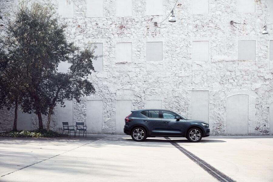 """Volvo XC40 Inscription 2019 tăng """"chất sang"""" để ra mắt khách hàng Mỹ - Hình 1"""