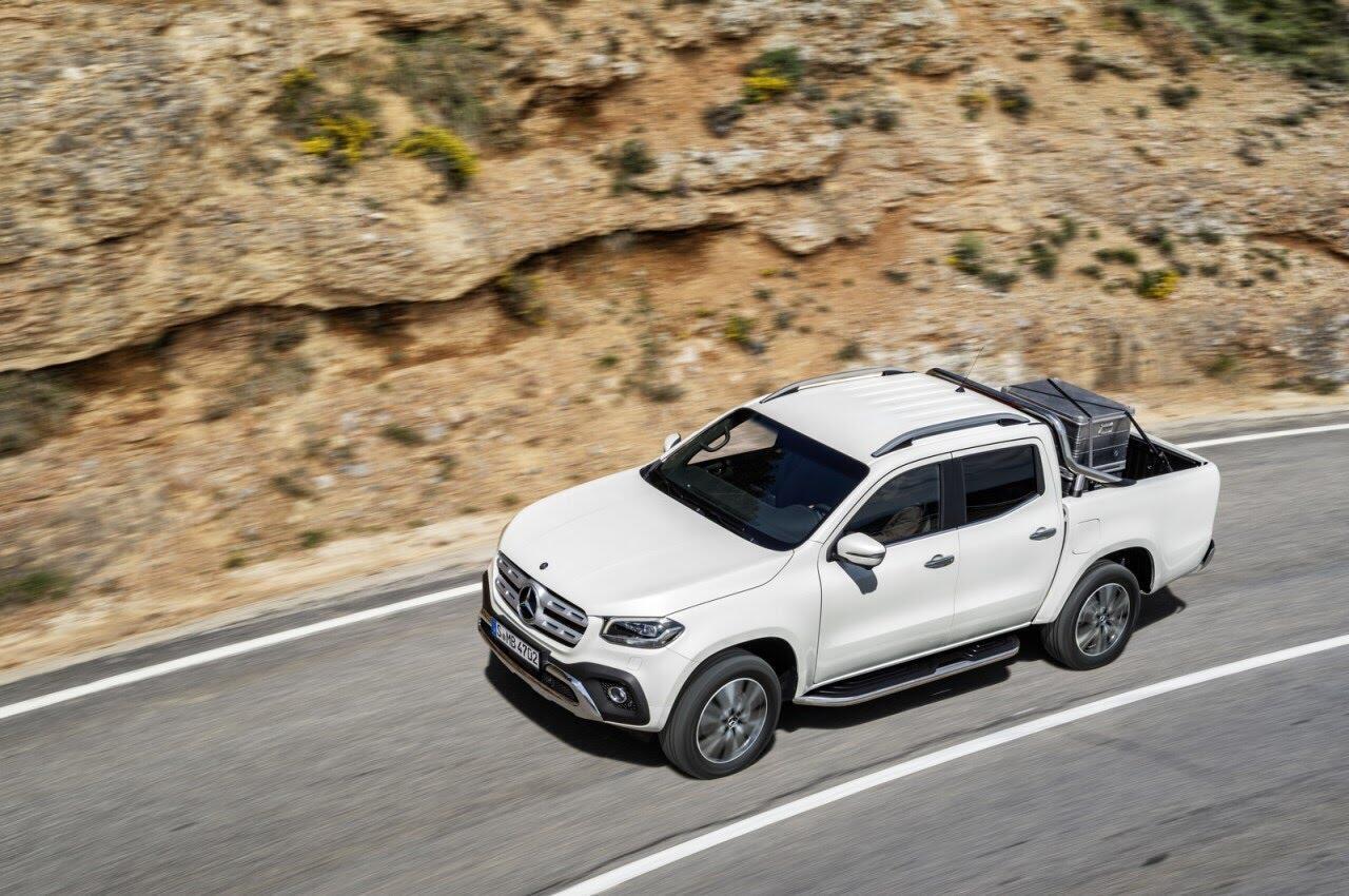 X-Class - bán tải hạng sang đầu tiên của Mercedes chính thức ra mắt - Hình 13
