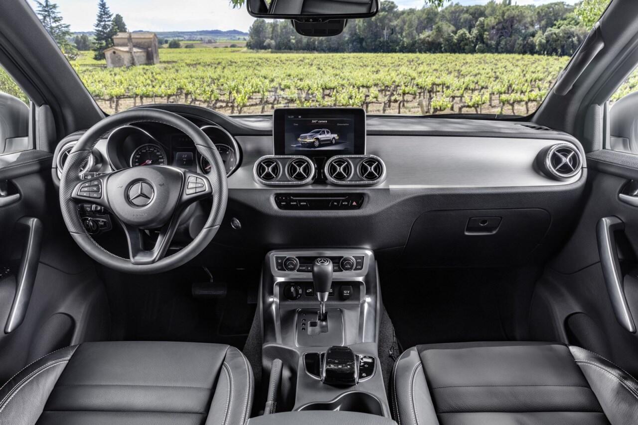 X-Class - bán tải hạng sang đầu tiên của Mercedes chính thức ra mắt - Hình 14