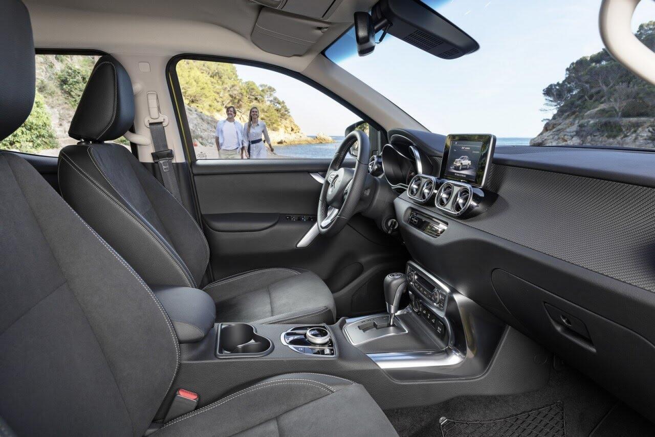 X-Class - bán tải hạng sang đầu tiên của Mercedes chính thức ra mắt - Hình 22
