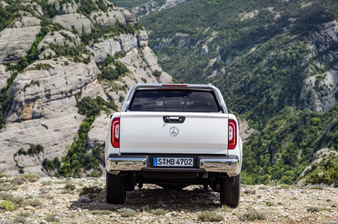 X-Class - bán tải hạng sang đầu tiên của Mercedes chính thức ra mắt - Hình 42
