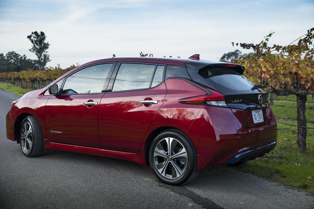 Xe điện bán chạy nhất thế giới có bản mới, giá từ 30.000 USD - Hình 3