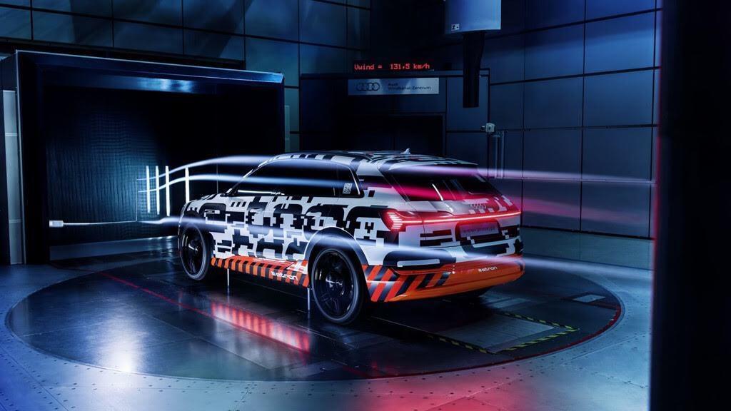 Xe điện của Audi dùng camera thay cho gương chiếu hậu - Hình 2
