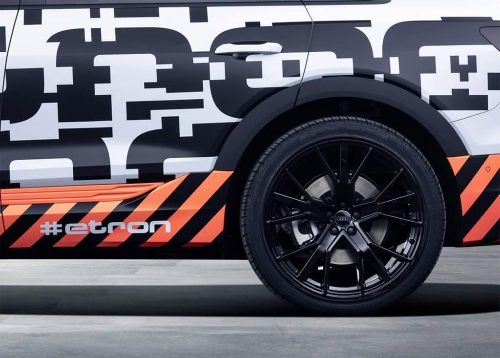 Xe điện của Audi dùng camera thay cho gương chiếu hậu - Hình 7