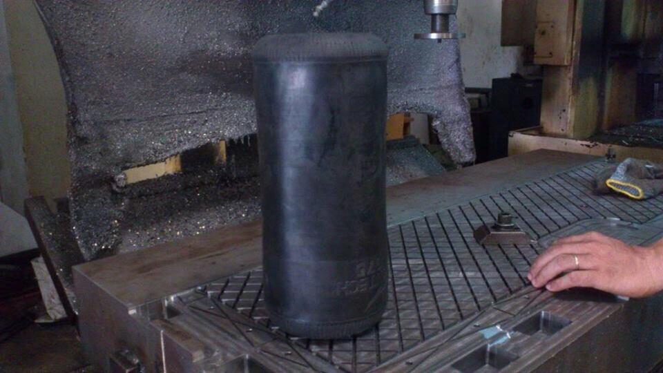 [Xe Độ & Đam Mê] MPV Toyota Previa 199x:  Chiếc xe thần thánh! - Hình 5