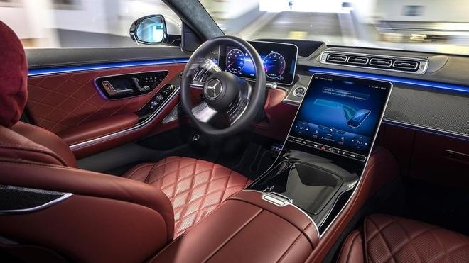 xe-mercedes-benz-se-duoc-trang-bi-cong-nghe-do-xe-hoan-toan-tu-dong-3.jpg