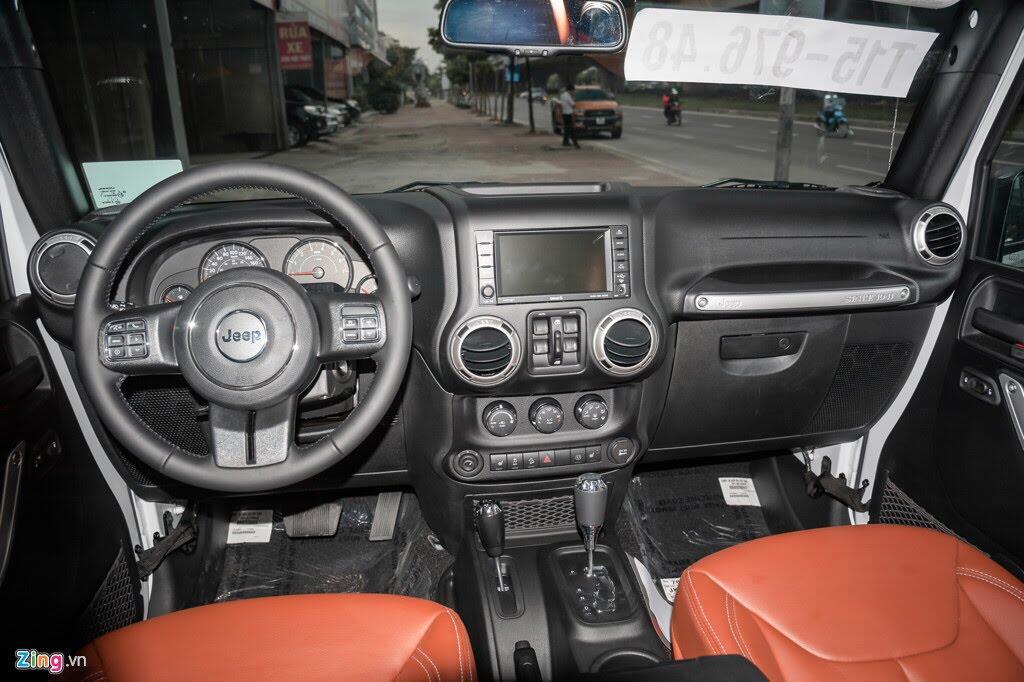 Xe off-road Mỹ giá hơn 4 tỷ tại Việt Nam - Hình 5
