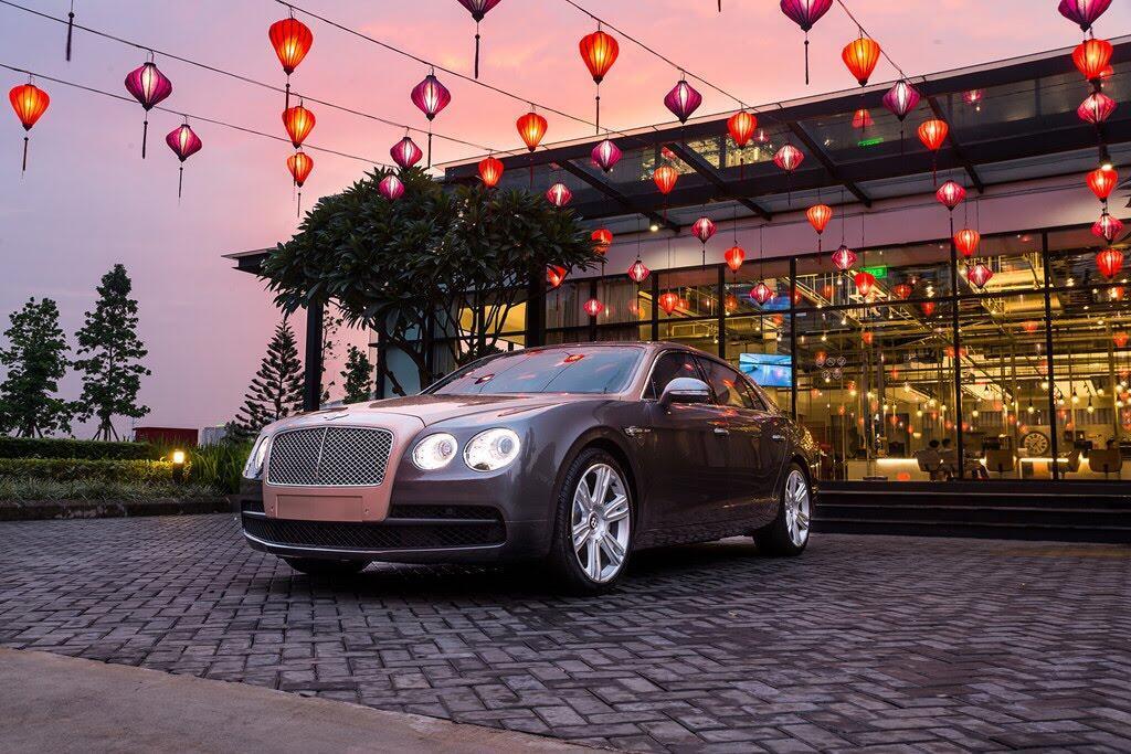 Xe siêu sang Bentley Flying Spur hàng độc tại Việt Nam - Hình 2