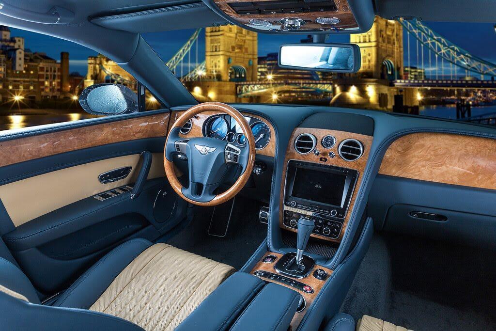 Xe siêu sang Bentley Flying Spur hàng độc tại Việt Nam - Hình 4