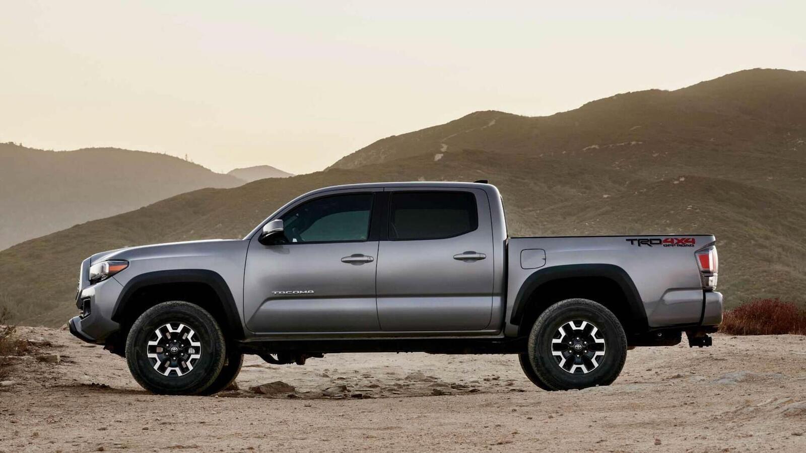 Xem trước bán tải Toyota Tacoma 2020 mới trước ngày ra mắt đối thủ đáng gờm của Ford Ranger - Hình 12