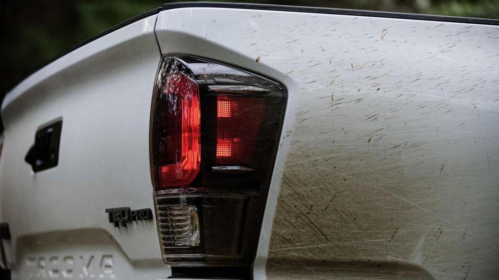 Xem trước bán tải Toyota Tacoma 2020 mới trước ngày ra mắt đối thủ đáng gờm của Ford Ranger - Hình 7