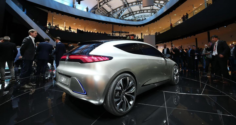 """Xem trước """"xe tương lai"""" của Mercedes-Benz, Audi và BMW - Hình 5"""
