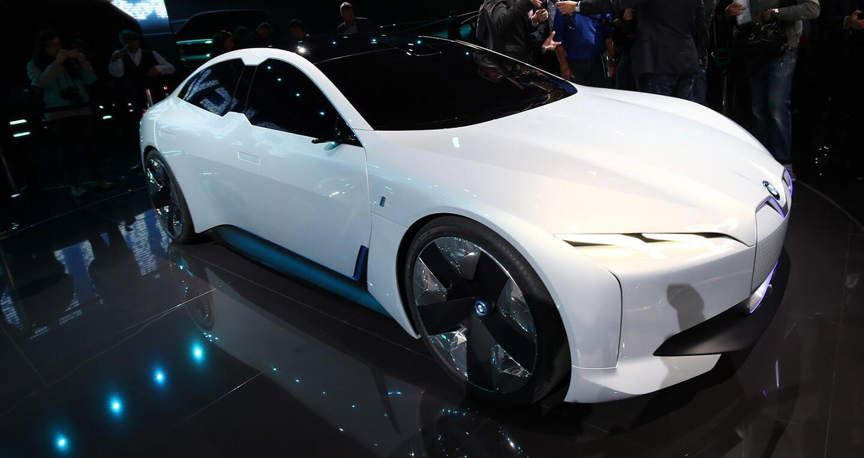 """Xem trước """"xe tương lai"""" của Mercedes-Benz, Audi và BMW - Hình 11"""