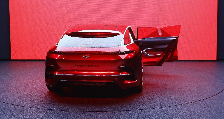 """Xem trước """"xe tương lai"""" của Mercedes-Benz, Audi và BMW - Hình 17"""