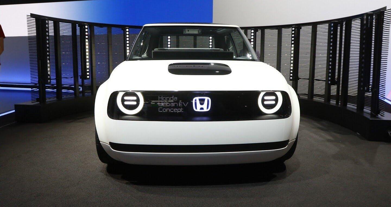 """Xem trước """"xe tương lai"""" của Mercedes-Benz, Audi và BMW - Hình 19"""