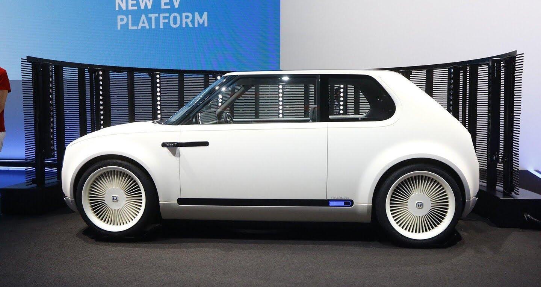 """Xem trước """"xe tương lai"""" của Mercedes-Benz, Audi và BMW - Hình 20"""