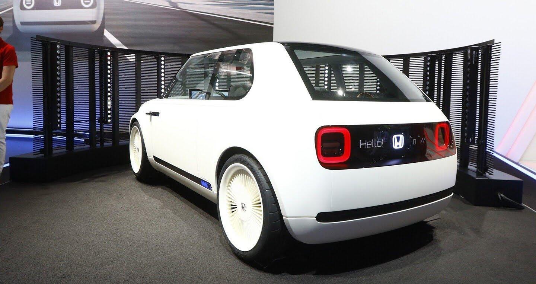 """Xem trước """"xe tương lai"""" của Mercedes-Benz, Audi và BMW - Hình 21"""