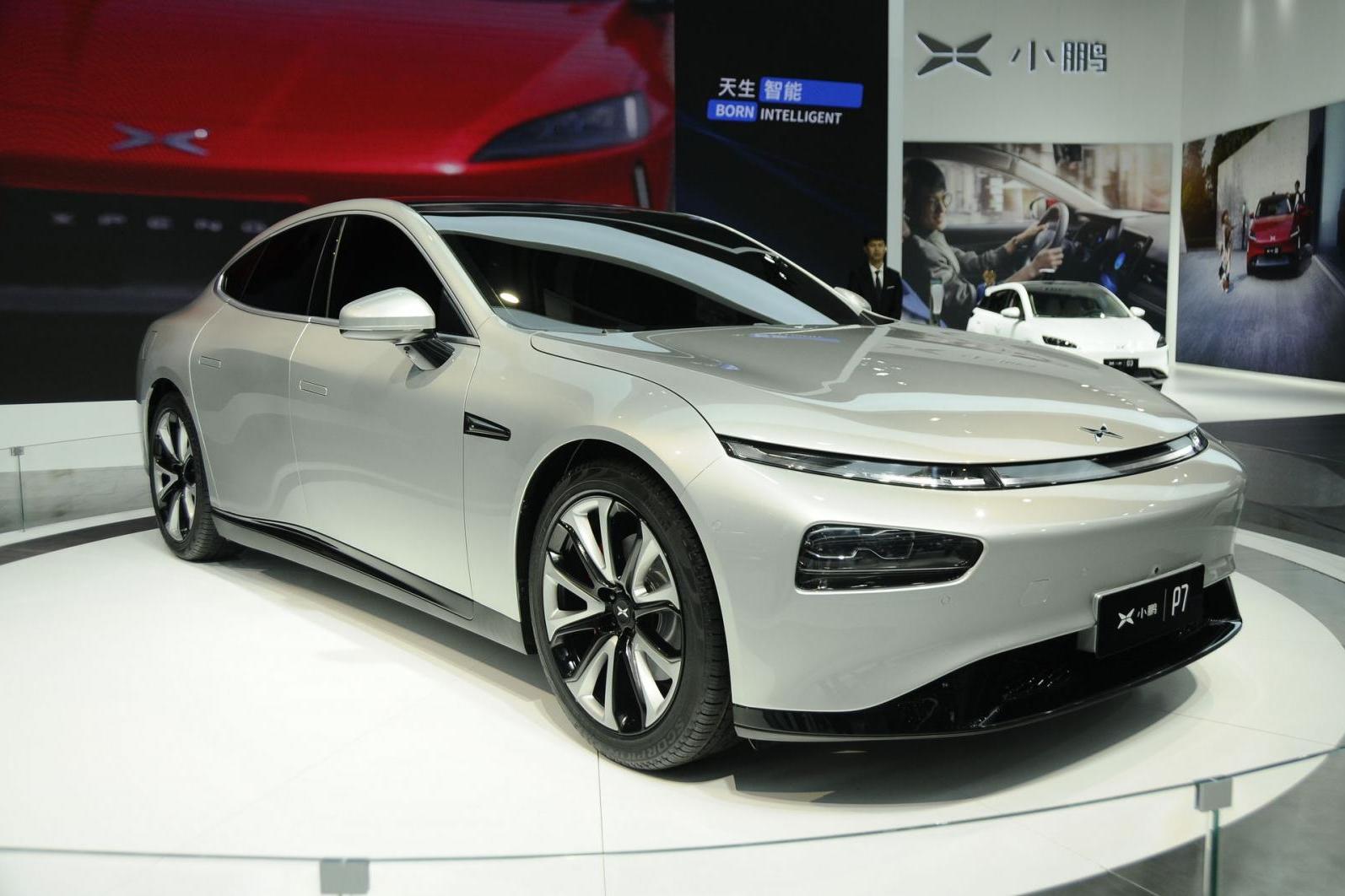 xpeng-p7-sedan-the-thao-dien-co-he-thong-tu-lai-cap-3-di-chuyen-600-km-duoc-ra-mat-1.jpg