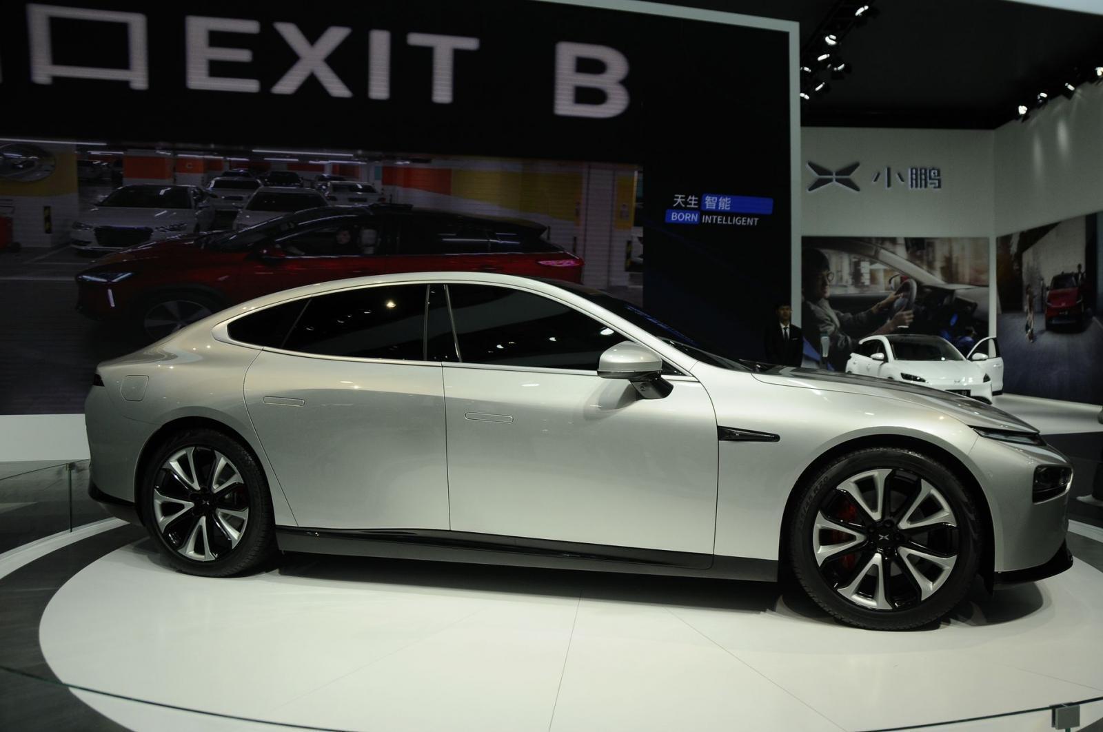 xpeng-p7-sedan-the-thao-dien-co-he-thong-tu-lai-cap-3-di-chuyen-600-km-duoc-ra-mat-2.jpg