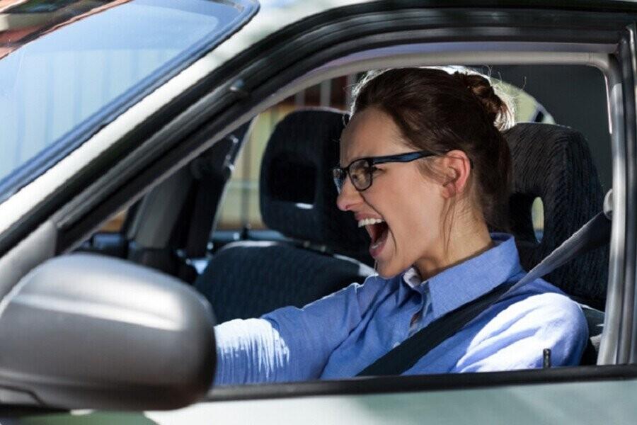 Cách xử lý khi xe ô tô mất phanh