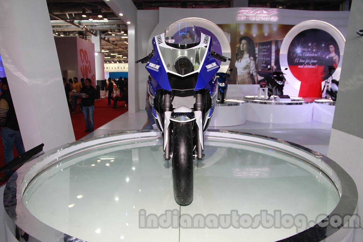 Yamaha R25 2018 rục rịch ra mắt - Hình 2